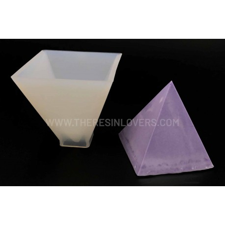 Pyramid Mold 60mm
